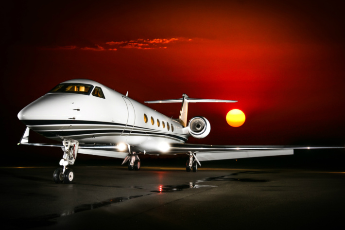 private jet charter for executives-gulfstream-1