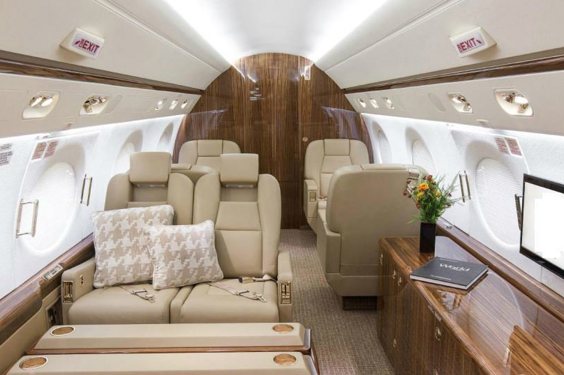 private jet charter for executives-gulfstream-4