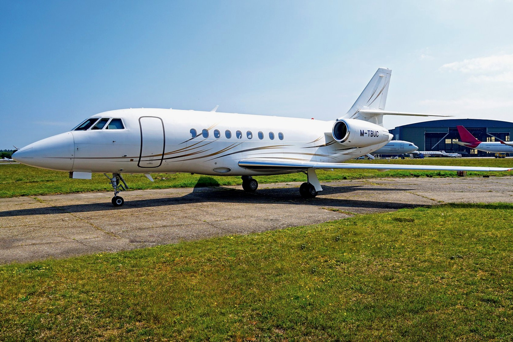 How much is a private jet to buy: prices worldwide. 2009 Dassault Falcon 2000LX, Monaco, price on request.