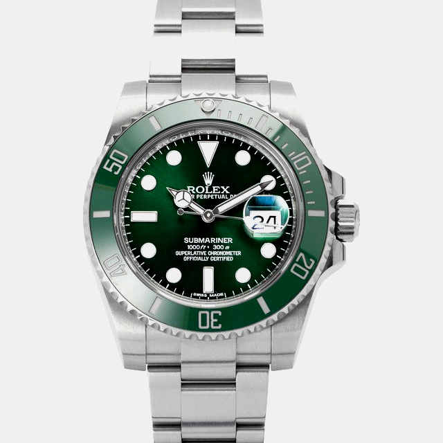 Who wears a Rolex Submariner: Rolex Submariner 116610LV, Baton, new release 2020.