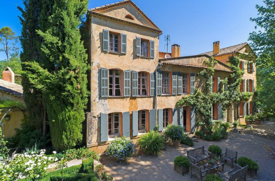 The Very Best Places to Holiday on the Côte d'Azur