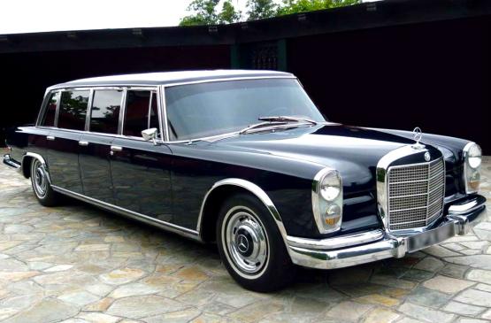 Hot Playboy Twins: Hef's Mercedes 600 Pullman Limos