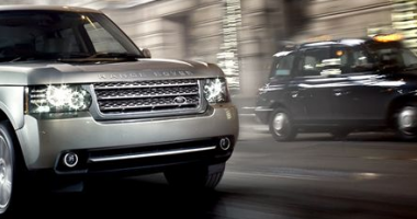 Drive safely with 2010 Armoured Range Rover
