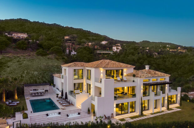 Add to favorites: Insider's guide to luxury property in Spain
