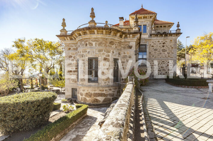 luxury real estate property madrid-Miraflores-2