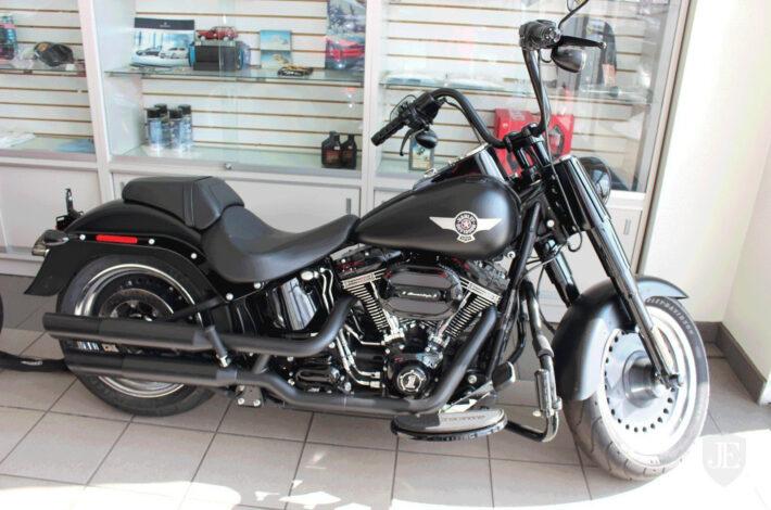 10–Harley-Davidson-Fat-Boy—0