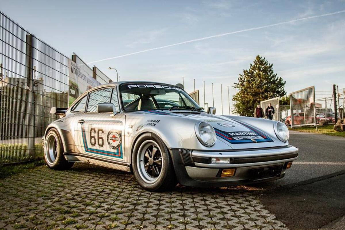 Classic Porsche 911 values: Porsche 930 1986