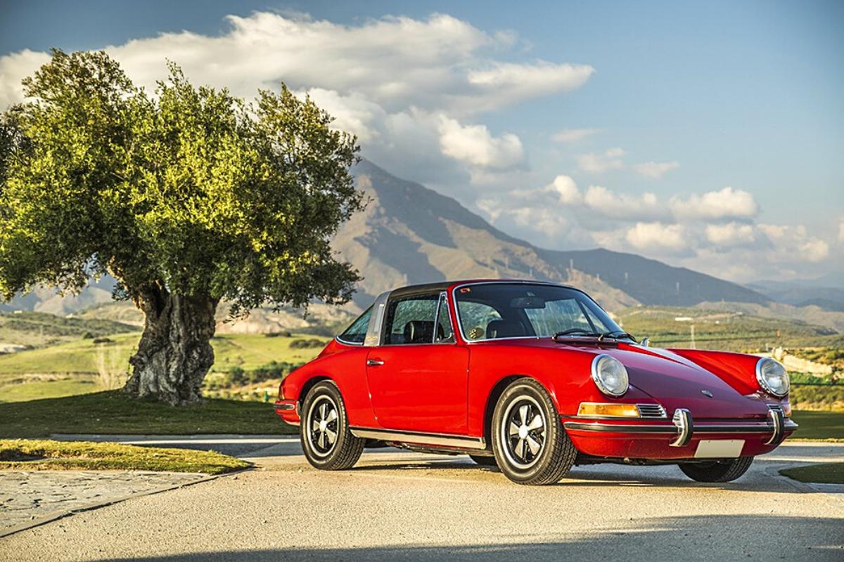 Classic Porsche 911 values: Porsche 911E 1969