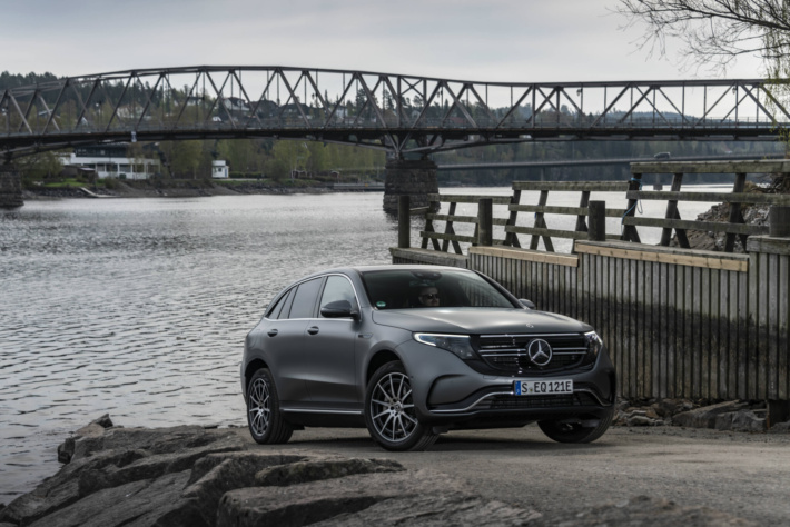 mercedes-benz_eqc_400_4matic_amg_line_22