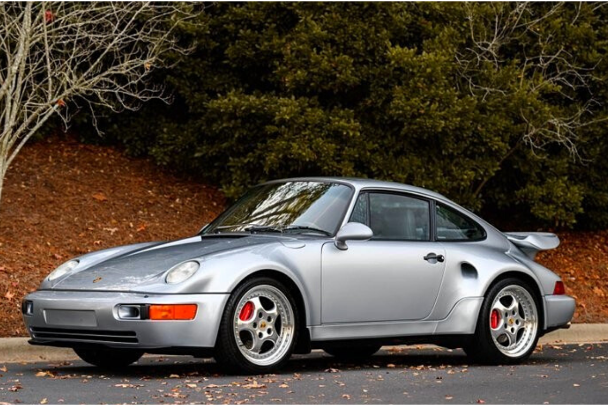 A Vintage Porsche 911 with a price US$850,000