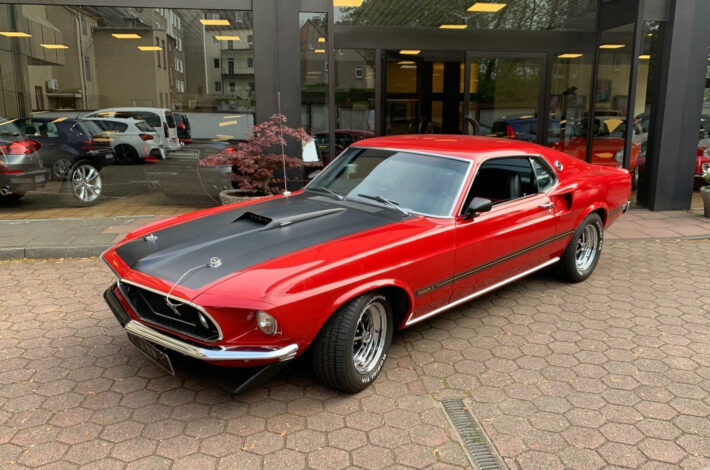 169 Ford Mustang