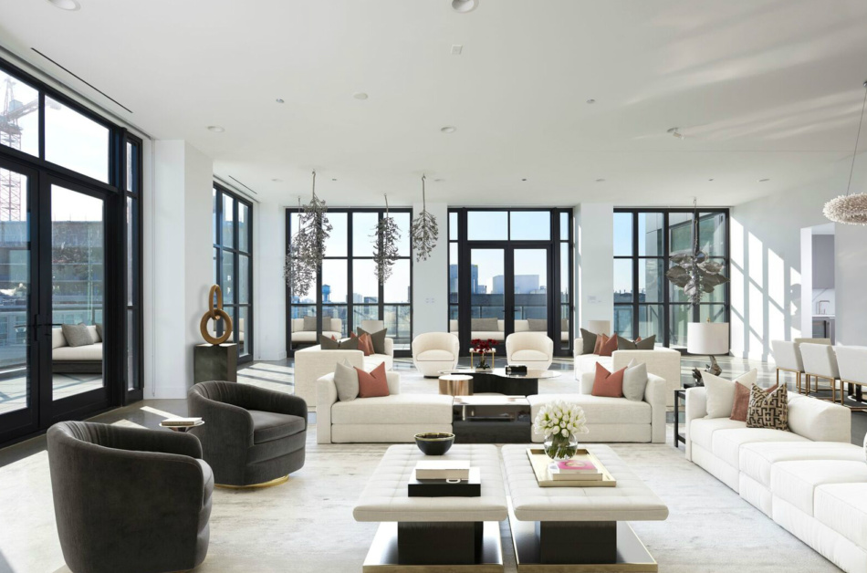 Elevate Your Living Experience at 900 West, Chicago