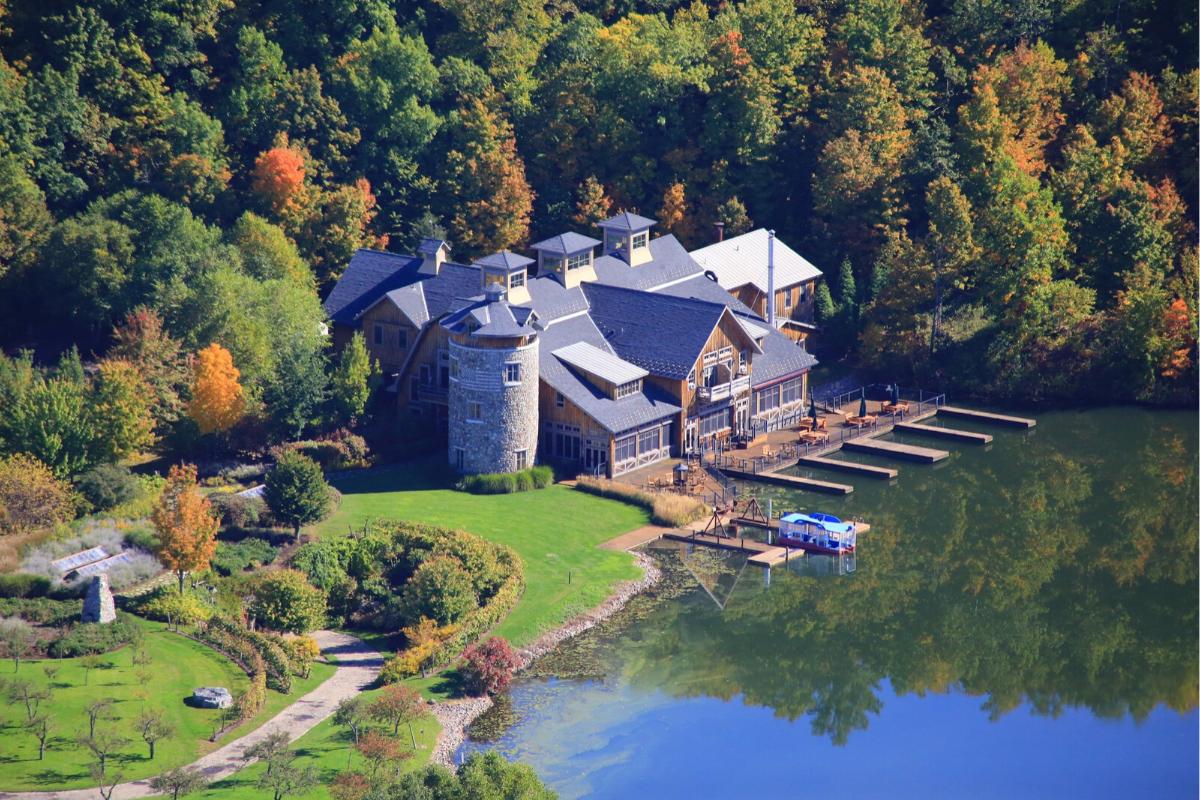 Castle-style homes: Savannah Dhu, New York, United States (US$65,000,000).21