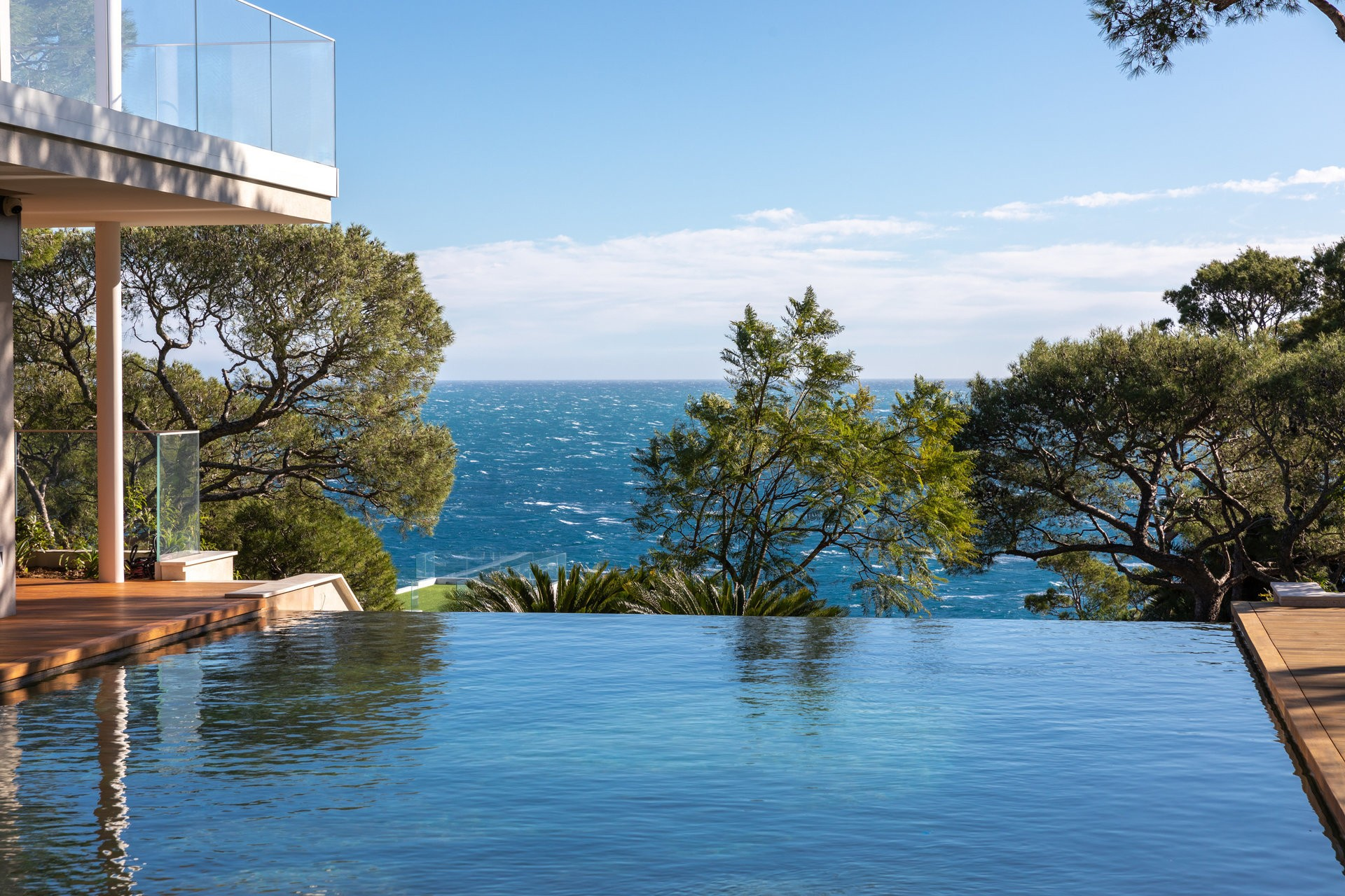 The 30 best houses with infinity-edge plunge pools and panoramic views
