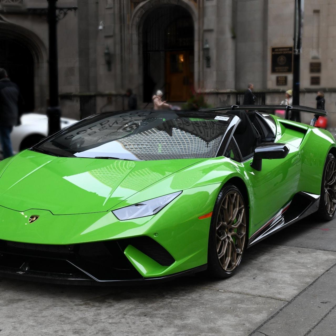 Best Lamborghini colors: Lamborghini Huracan Performante Spyder, green