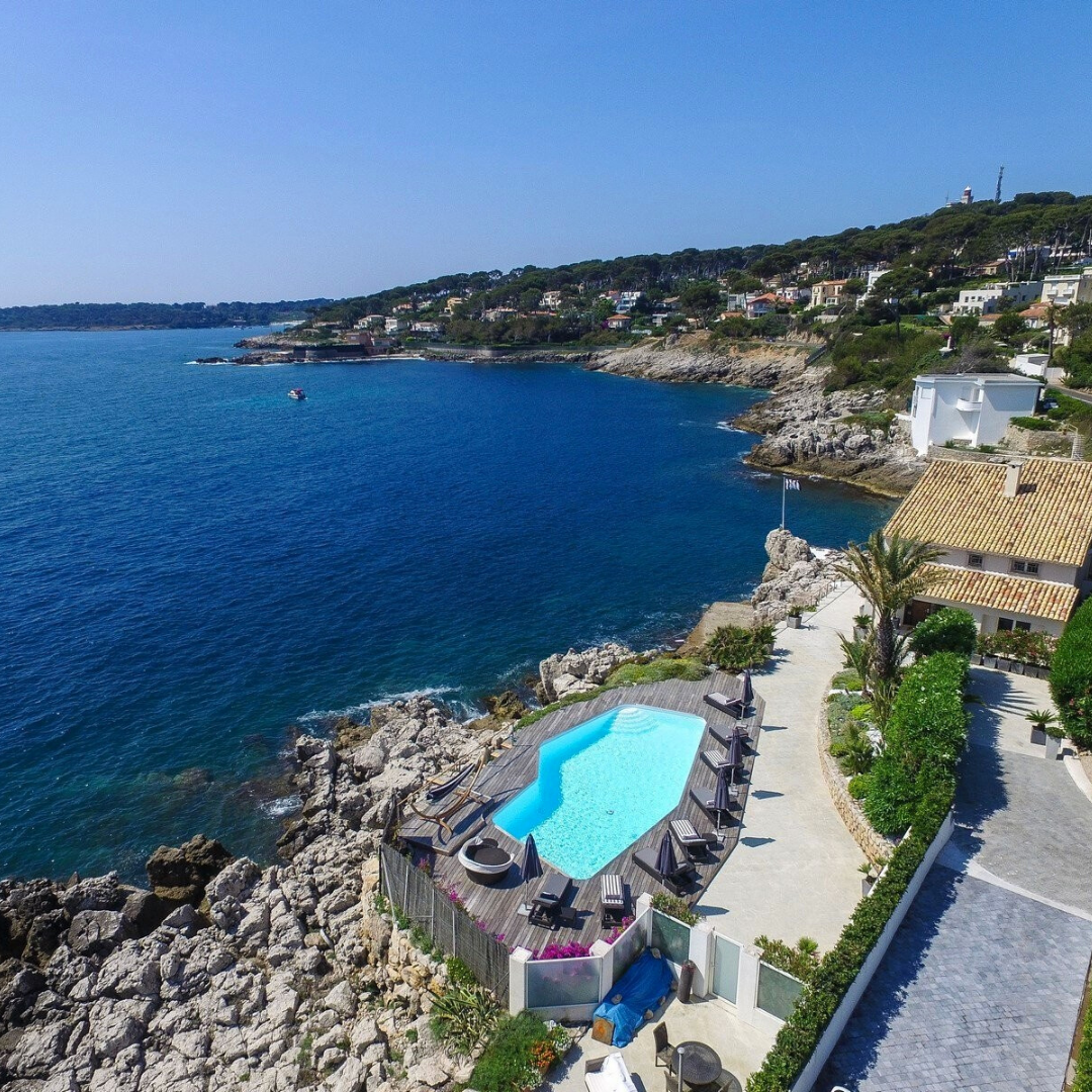 Best places to live in French Riviera: seafront villa in Cap d'Antibes with one of the best views in French Riviera not far from one of the best beaches in French Riviera and best authentic medieval villages and towns in French Riviera, and some of the best places to stay in French Riviera