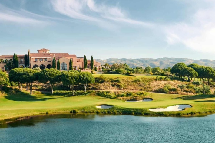 Crazy beautiful golf courses in Europe: Monte Rei Golf & Country Club (Algarve, Portugal)