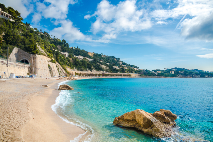 Plage de la Darse is one of the best beaches in French Riviera, within Villefranche-sur-Mer, one of best places to live in French Riviera, near Nice, providing one of the best views in French Riviera, and not far from the best authentic medieval villages and towns in French Riviera