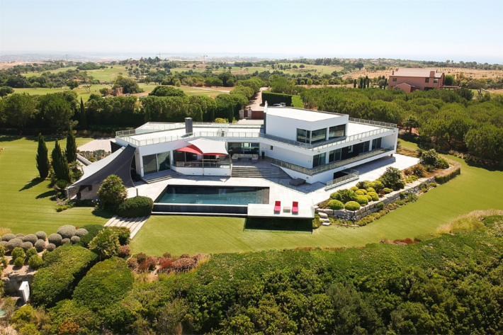 An opportunity for property investment in Portugal: house in Lagos