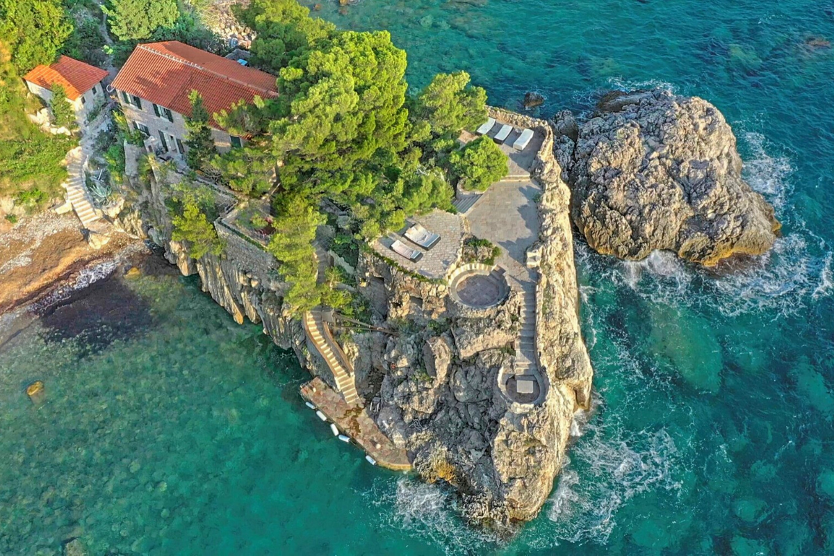 Villa in Budva, Montenegro: property investment opportunity in 2021