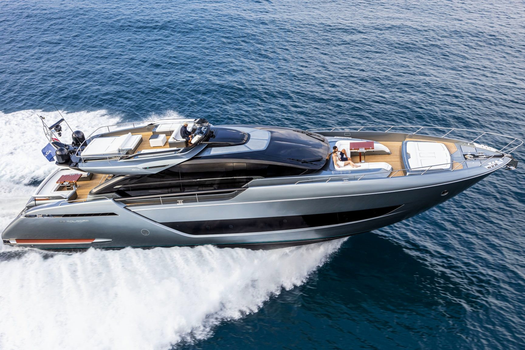 Best yacht and superyacht brands, top personal yachts.