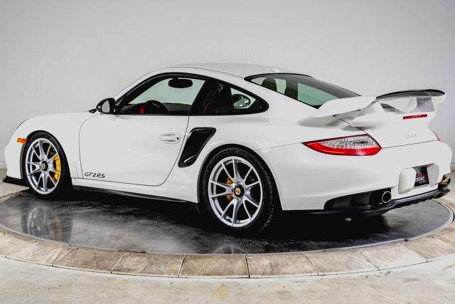 Best exotic car auctions: 2011 Porsche 911 GT2 RS, Plainview, NY, USA, $370,000.