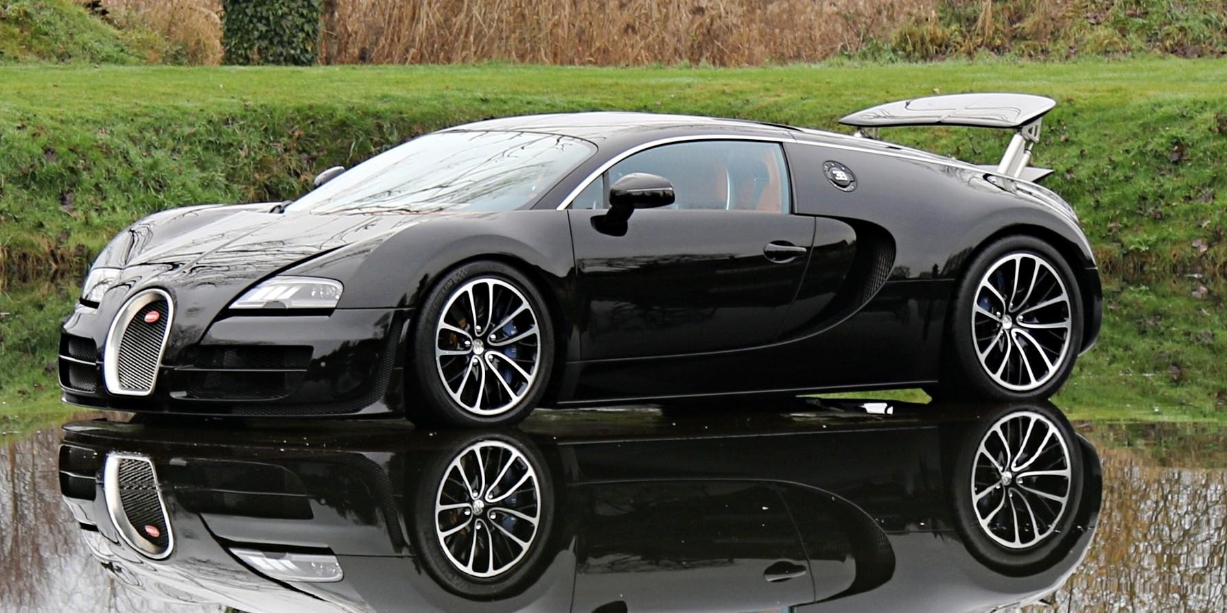 Koenigsegg agera rs vs Bugatti chiron forza horizon, specs