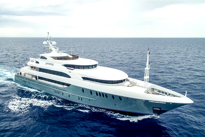 Inside the most expensive yachts in the world. interioir and exterioir images.