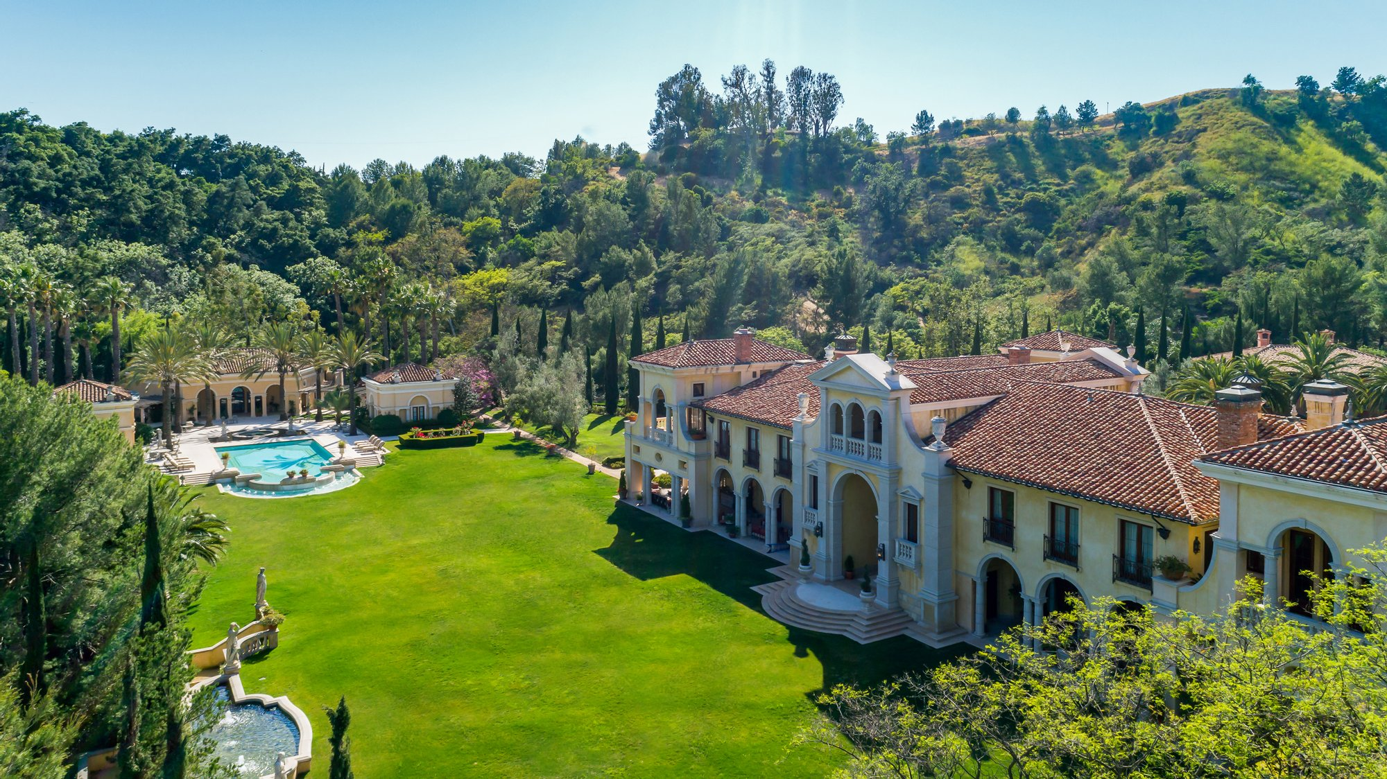 The biggest mansion house in America