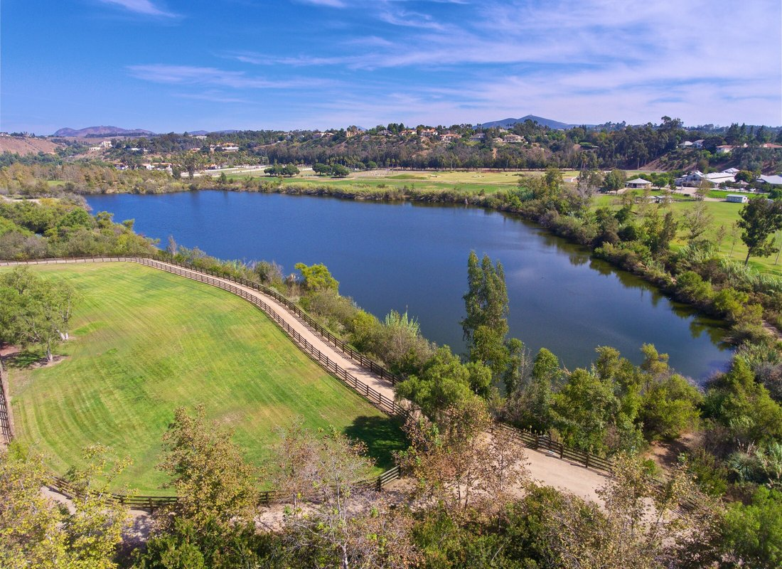 Rancho Santa Fe Covenant: number of lots (parcels) and land for sale, open homes, real estate agents