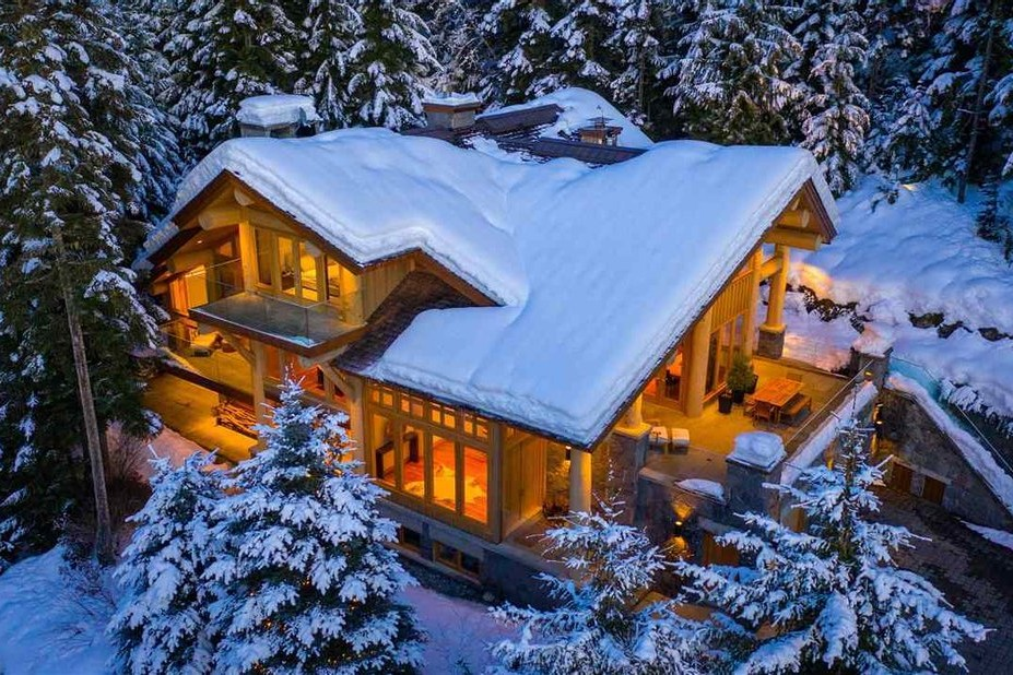 Luxury mountain homes: chalet vgi167-162 and Zell am