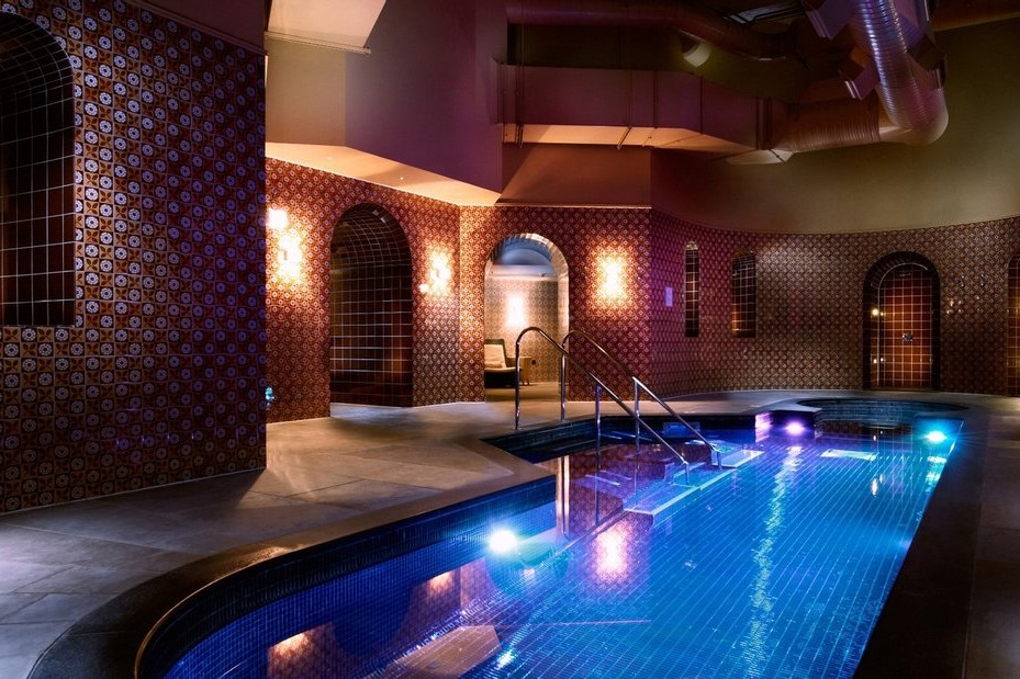 The best penthouses in London with pool