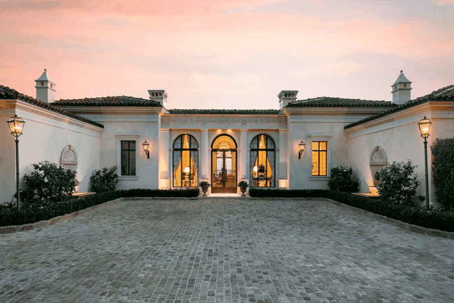The Ultimate Guide To Santa Barbara S Architecture And The Selection Of The Finest Santa Barbara Style Homes Of The American Riviera