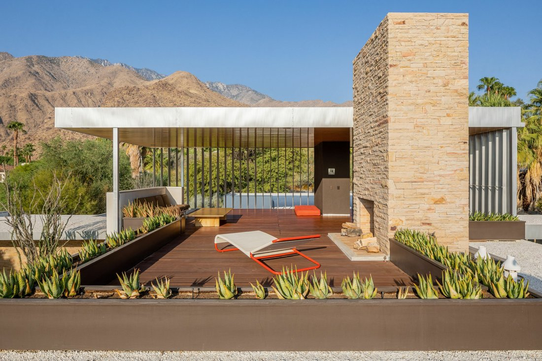 Kaufmann desert house in Palm Springs, California, US: interior, exterior, house dimensions and elevations.