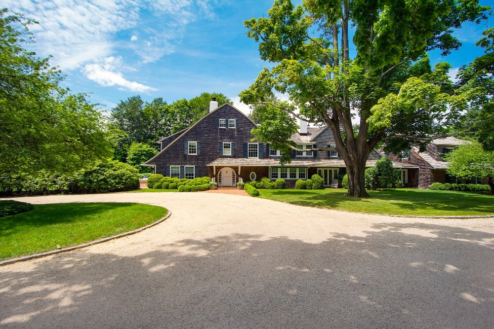 How much is a beach house in the Hamptons? See our top 10.