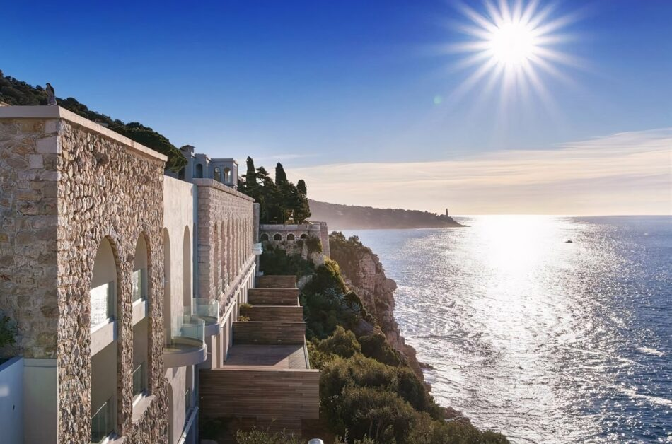 How about owning a residence in a legendary French chateau, unparalleled in Europe?