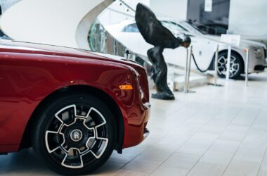 Meet Rolls-Royce Motor Cars Houston, the North America Dealer of the Year