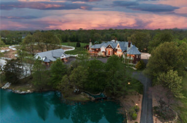 Resort compound in Missouri has set a record for its $20 million asking price