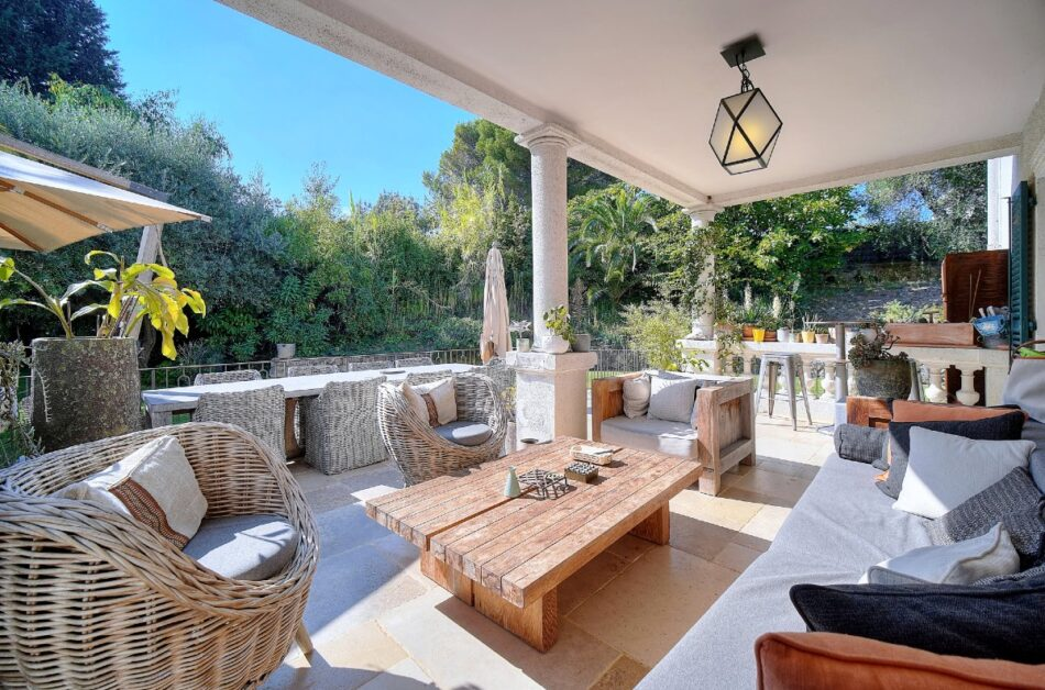 August home Antibes 14